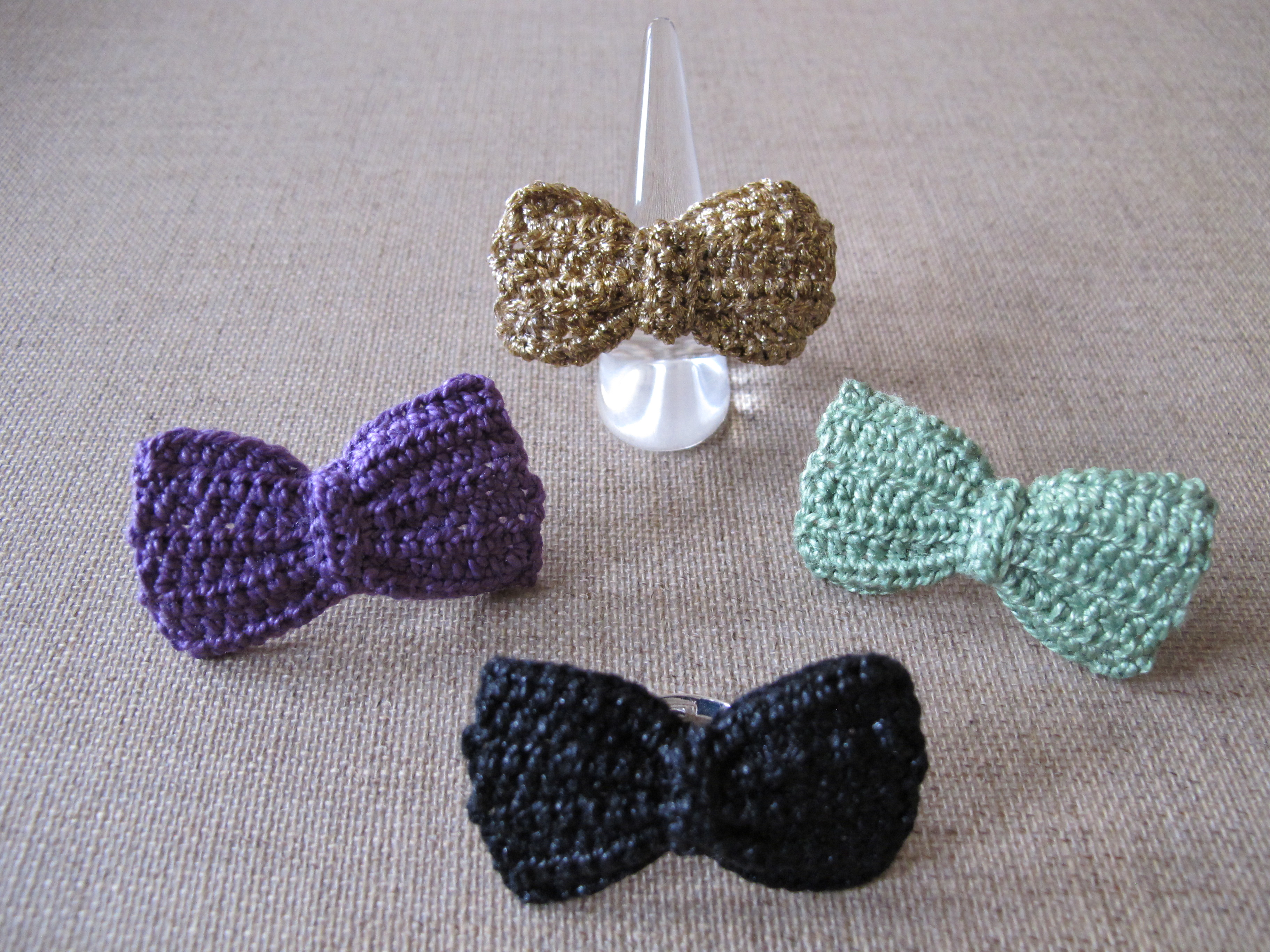 Bow Rings Collection