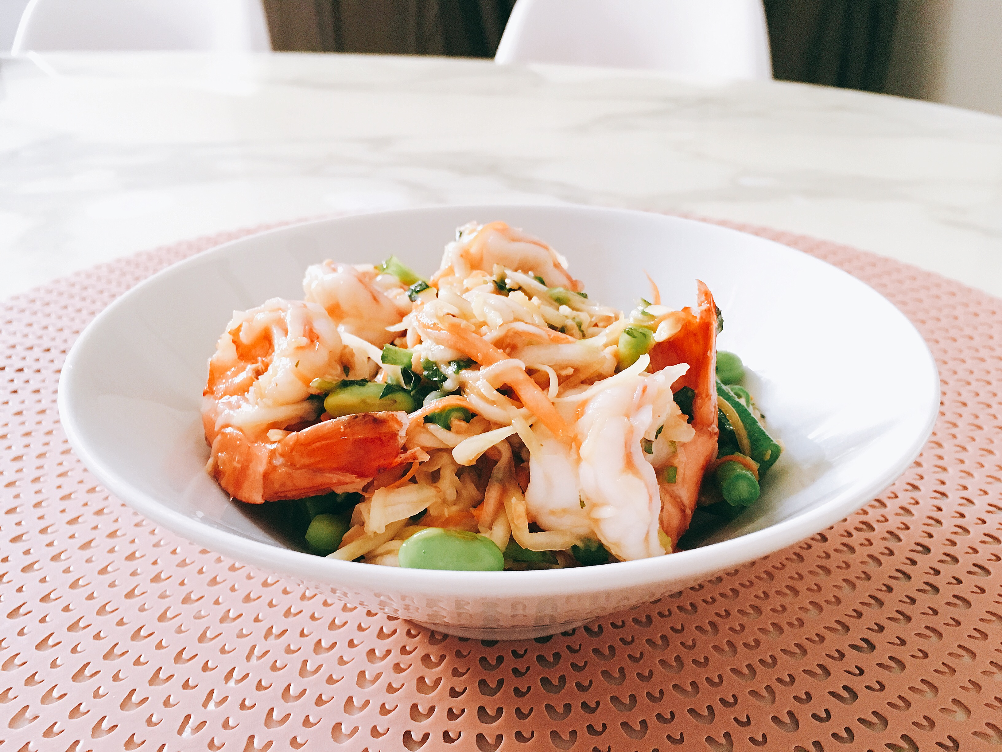 Salade mangue verte aux crevettes